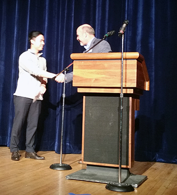 Vy Ngo receiving grand prize